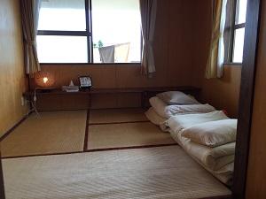 民宿うふだき荘客室