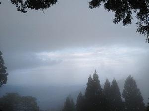 奥多摩御岳山幽玄の山々