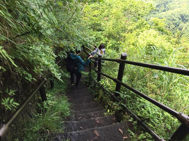 鋸山絶壁階段