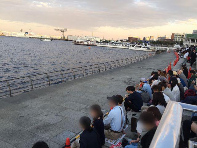 横浜開港祭花火大会ぷかり桟橋