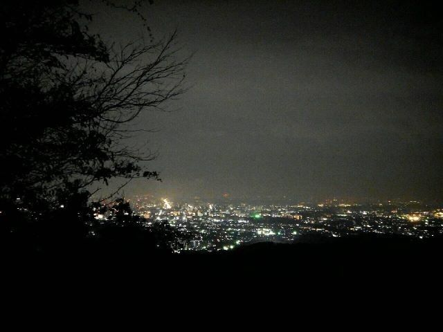 高尾山ナイトハイク夜景
